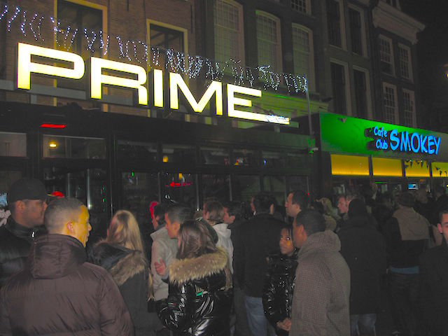 People outside some clubs in Rembrandtplein