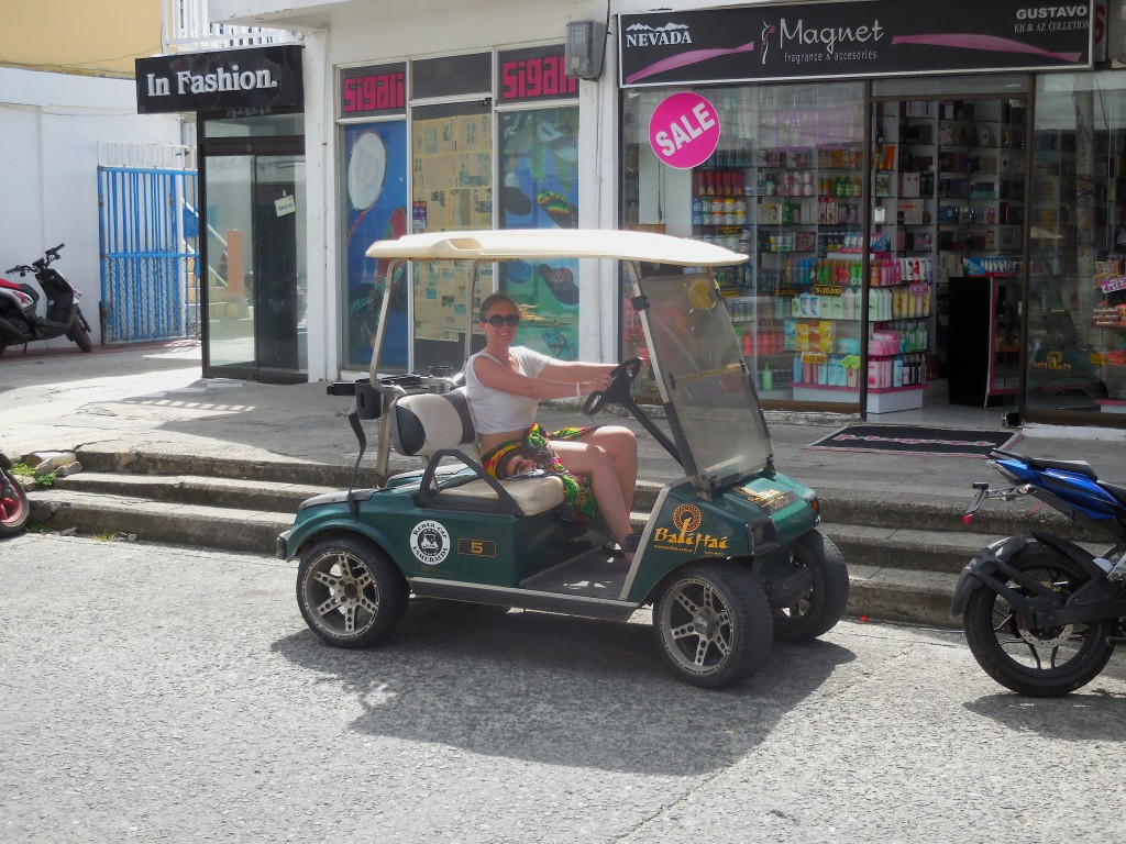 Pic of golf cart in San Andres Colombia