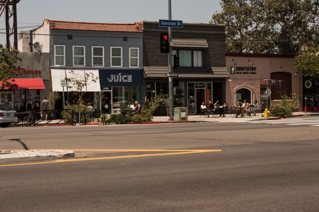 A Sidewalk Cafe In Atwater Village